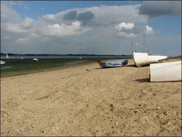 Between Wrabness and Mistley