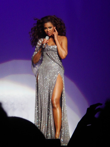 Beyonce by Azed Live in Marseille - 2