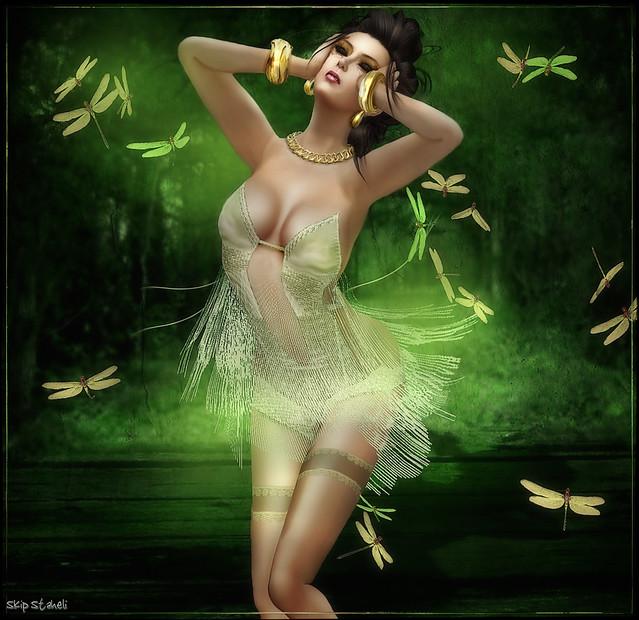 Caoimhe~In Ecstasy    http://slurl.com/secondlife/MOREA%20STYLE/127/126/22