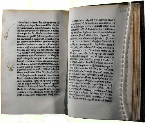Pages of text with pointing hands added in margin from 'Speculum vitae humanae'. Sp Coll Hunterian By.3.28.