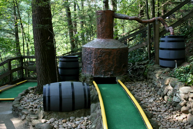 Mini-Golf Moonshine Still | HIllbilly Golf, Gatlinburg, TN ...