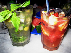 caipiroska, mojito, distilled beverage, bloody mary, food, negroni, mint julep, punch, drink, cocktail, caipirinha, alcoholic beverage,