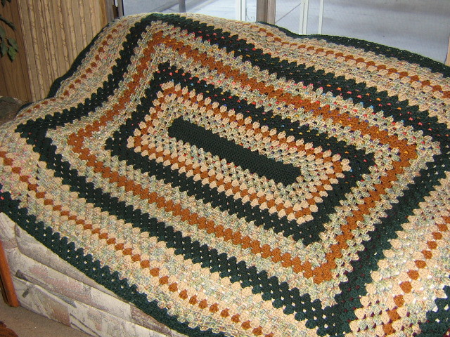 Crochet Patterns Rectangle : CROCHETED RECTANGLE SQUARE PATTERN - Crochet and Knitting ...