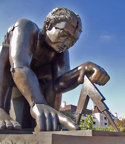 Newton (after  Blake), by Eduardo Paolozzi, British Library Piazza