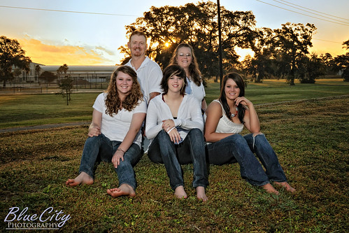 morning family portrait sunrise children photography parents texas photographer tx picture teenagers freeport lakejackson angleton brazoria macleanpark brazoriacounty clute bluecityphotography bluecityphotographycom