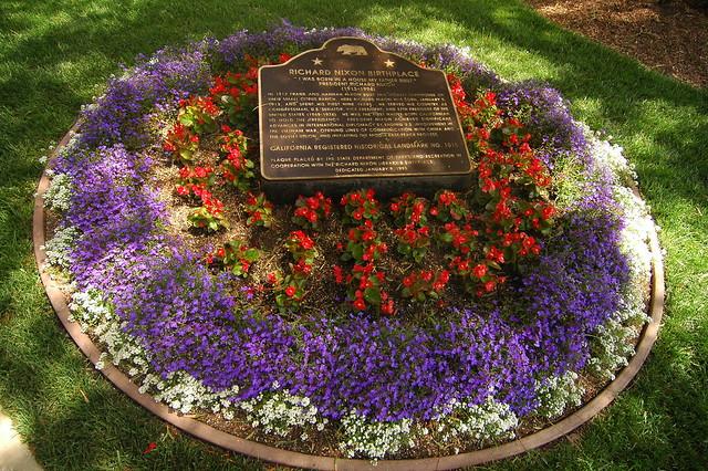 Circular flower bed flickr photo sharing - Circular flower bed designs ...