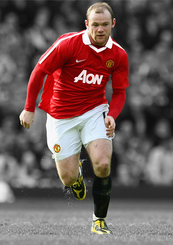 "Rooney – Manchester United 2010/11 New Home ""AON"" Kit"