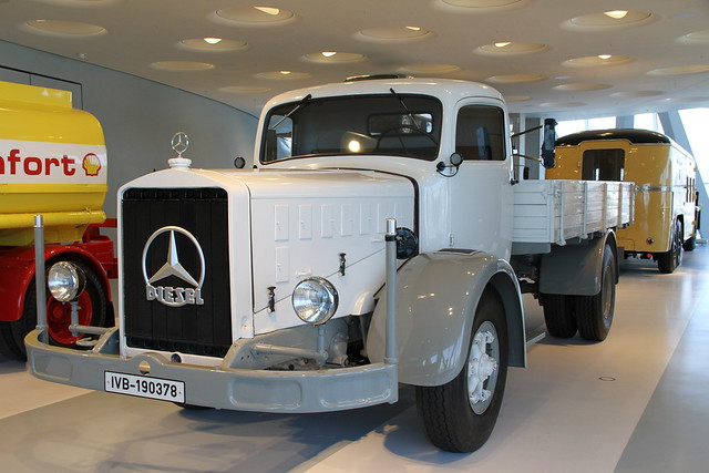 Photo for Mercedes benz 6500