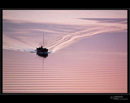 bridge pink blue sunset orange canon river boat handheld ripples abhishek f4 patel gujarat surat tapi 500d ongc 70200l