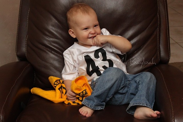 5160062975 b37b66cfe0 z Share a Photo of Your Little Sports Fan | Toddler Talk