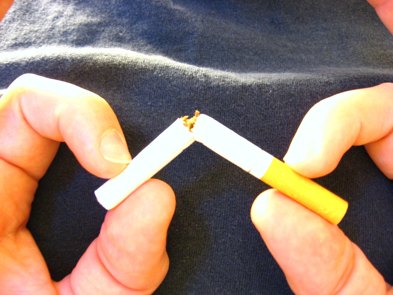an image of stop%20smoking Original (2816 × 2112)