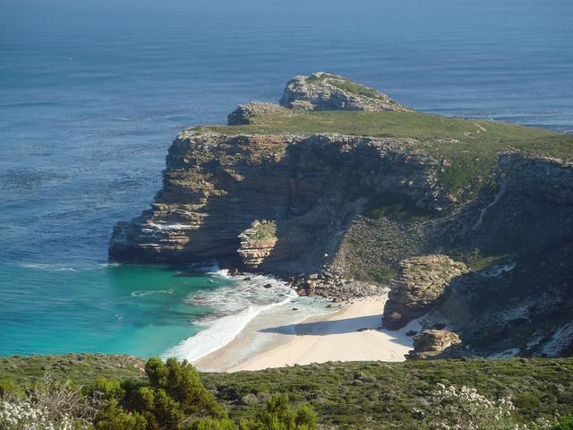 2 oceans that meet at cape point