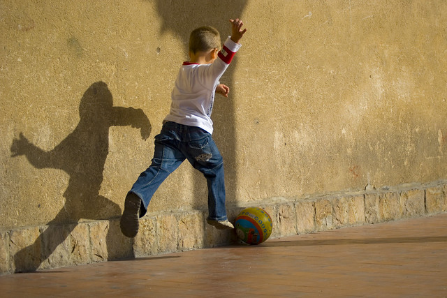 1466580647 2acee9e7b7 z Flickr Spotlight   Kids Play Soccer All Around The World