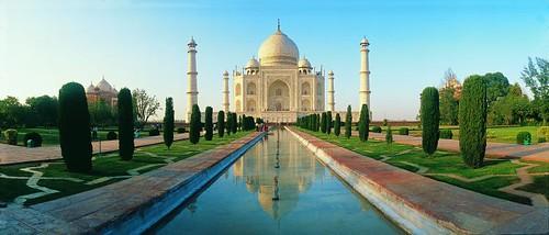 Taj Mahal  ( Thankful to all Flickr friends making this photo 10000 views )