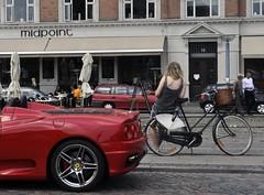 automobile(1.0), wheel(1.0), vehicle(1.0), automotive design(1.0), ferrari f430(1.0), ferrari 360(1.0), land vehicle(1.0), luxury vehicle(1.0), supercar(1.0), sports car(1.0),
