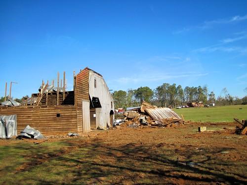 Barn vs. Tornado