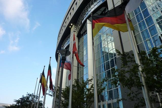215 - Parlamento Europeo