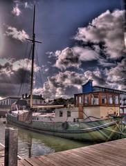 Sunshine Barge