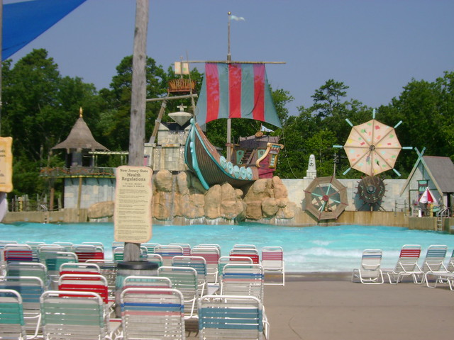 Hurricane Harbor Water Park 87