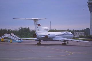 138ab - Pulkovo Aviation Enterprise Tupolev 154B-2; RA-85390@LED;15.07.2001