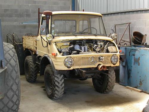 unimog 421 vl occasion tracteur tondeuse occasion diesel. Black Bedroom Furniture Sets. Home Design Ideas