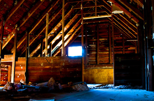 northcarolina attic canonef2470mmf28lusm ruraldecay canon40d