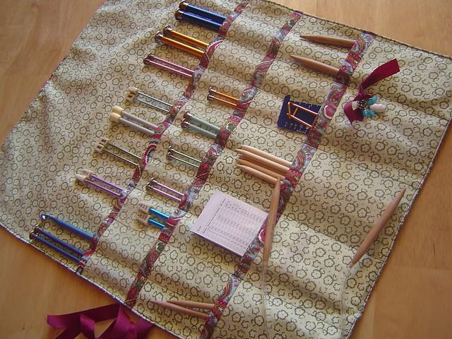 Knitting Needle Case *Tutorial on my blog!* Flickr - Photo Sharing!