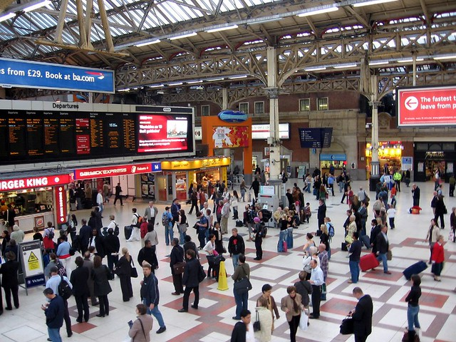 Victoria Station | London Victoria station, opened in 1862 ...