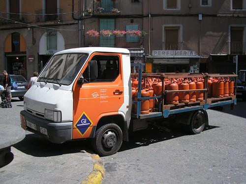 Nissan Trade de distribució de butà a Ripoll (Girona)