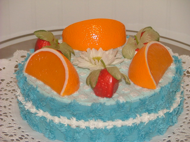 Vintage chenille cake tropical torte
