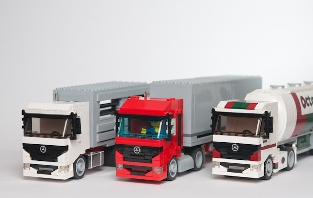 moc loads of mercedes trucks lego town eurobricks forums. Black Bedroom Furniture Sets. Home Design Ideas