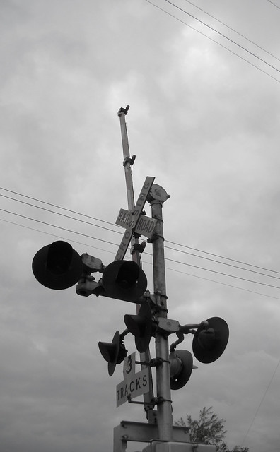 Railroad crossing gate and lights flickr photo sharing
