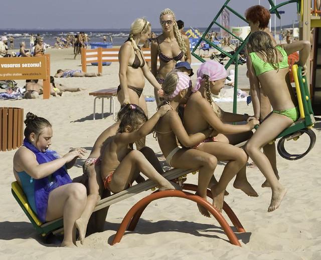 To Get Things Latvian Women 37