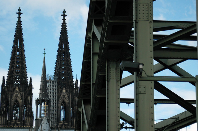 Cathedrale and the bridge