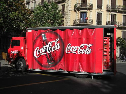 Ebro de la Coca Cola a l'Eixample de Barcelona