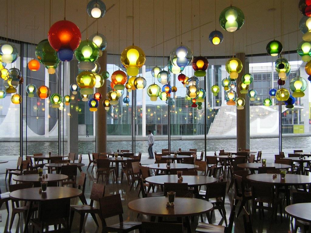 Der sogenannte Lampenladen - eine Kantine im Paul-Löbe Haus