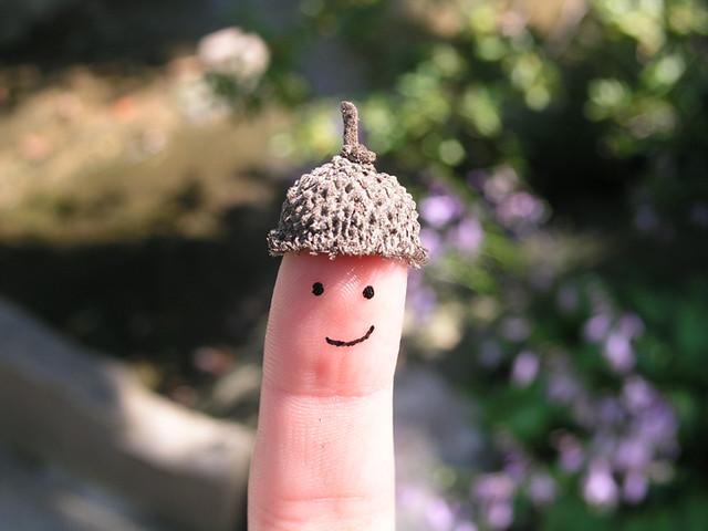 finger hat man