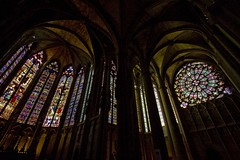 window(0.0), night(0.0), gothic architecture(1.0), symmetry(1.0), arch(1.0), building(1.0), glass(1.0), vault(1.0), darkness(1.0), stained glass(1.0),