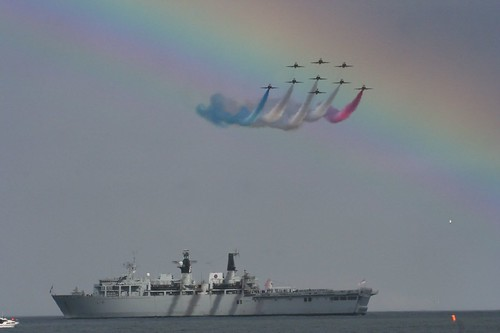 Red Arrows and HMS Albion