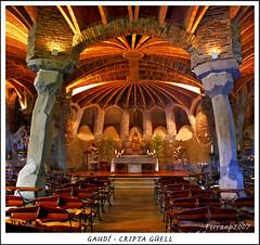 Gaudí - Cripta Güell 02