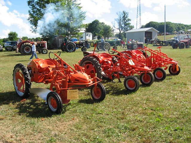 Allis Chalmers G Tractor : Allis chalmers g tractors flickr photo sharing