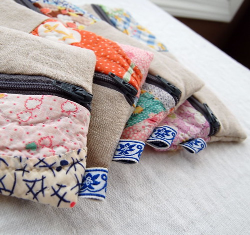 vintage feedsack + linen :: pencil pouches