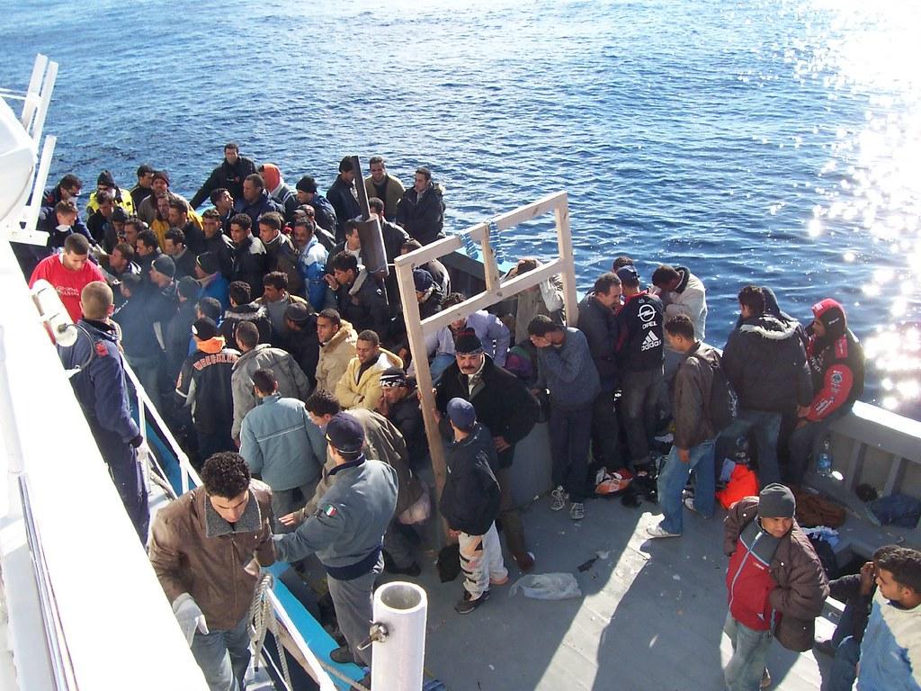 Cipro: 345 immigrati arrivano al porto di Limassol ma si rifiutano di sbarcare. Vogliono andare in Italia