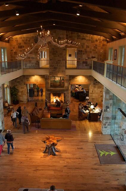 Htatt Pines Resort And Spa Austin Tx