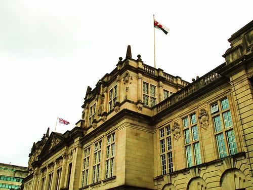 Cardiff University : Prifysgol Caerdydd