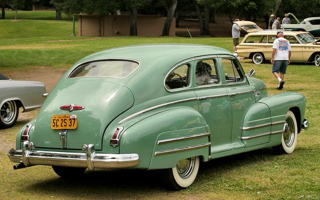 1948 Buick Special 4d sdn - green - rvr