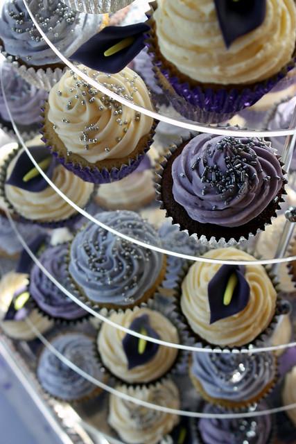 Purple Calla Lily Wedding Cupcakes Purple silver ivory with sugar Calla