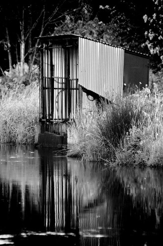 blackandwhite bw reflection water creek river geotagged ditch shed reflected geo:lat=44795853 geo:lon=1227911