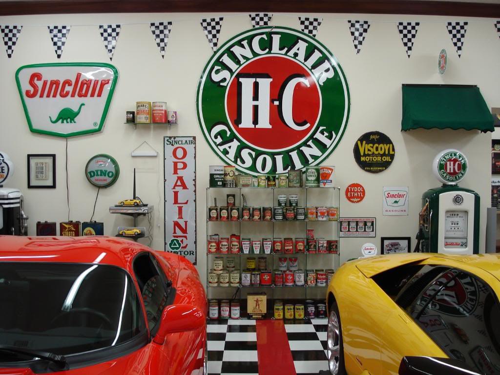 World 39 s most beautiful garages exotics insane garage for Decoration garage maison