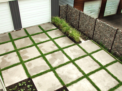 Patio Designs Pavers Grass : Landscaping pavers wicked mint